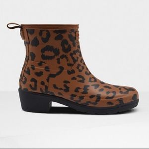Hunter NWT Original Leopard Ankle Boot- 8